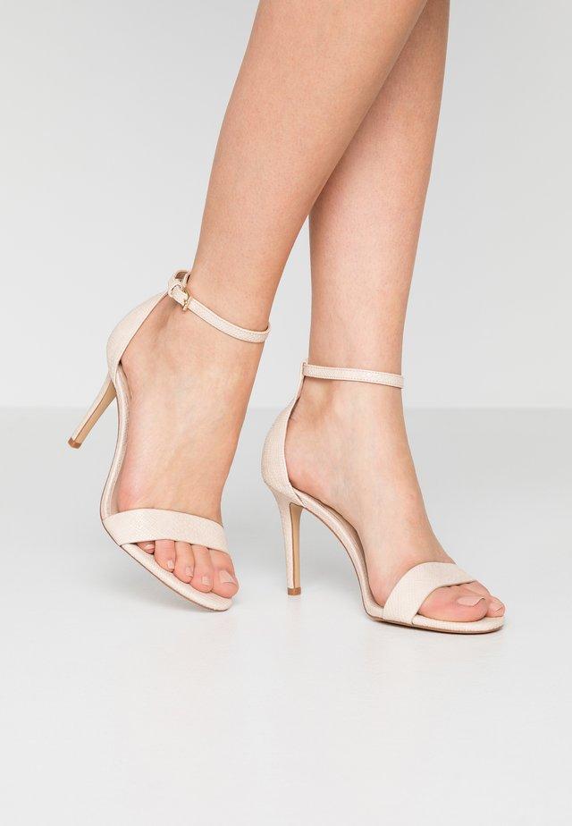 PILIRIA - Sandalen met hoge hak - bone