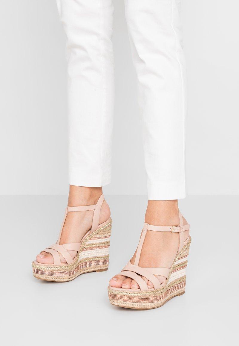 ALDO - NYDAYCIA - High Heel Sandalette - bone