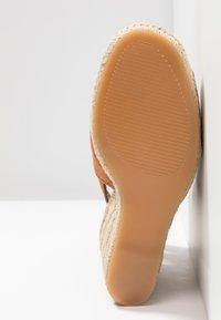 ALDO - NURKA - High heeled sandals - camel - 6