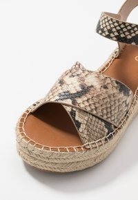 ALDO - TINEVIEL - Loafers - natural - 2