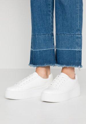 LEGOWIEN - Sneakersy niskie - white