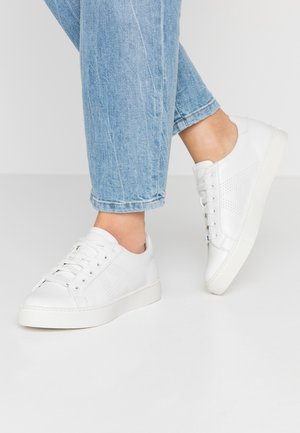 CALODITH - Sneakersy niskie - white