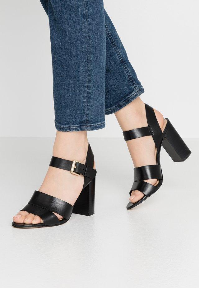CAPAROSA - Sandalen met hoge hak - black