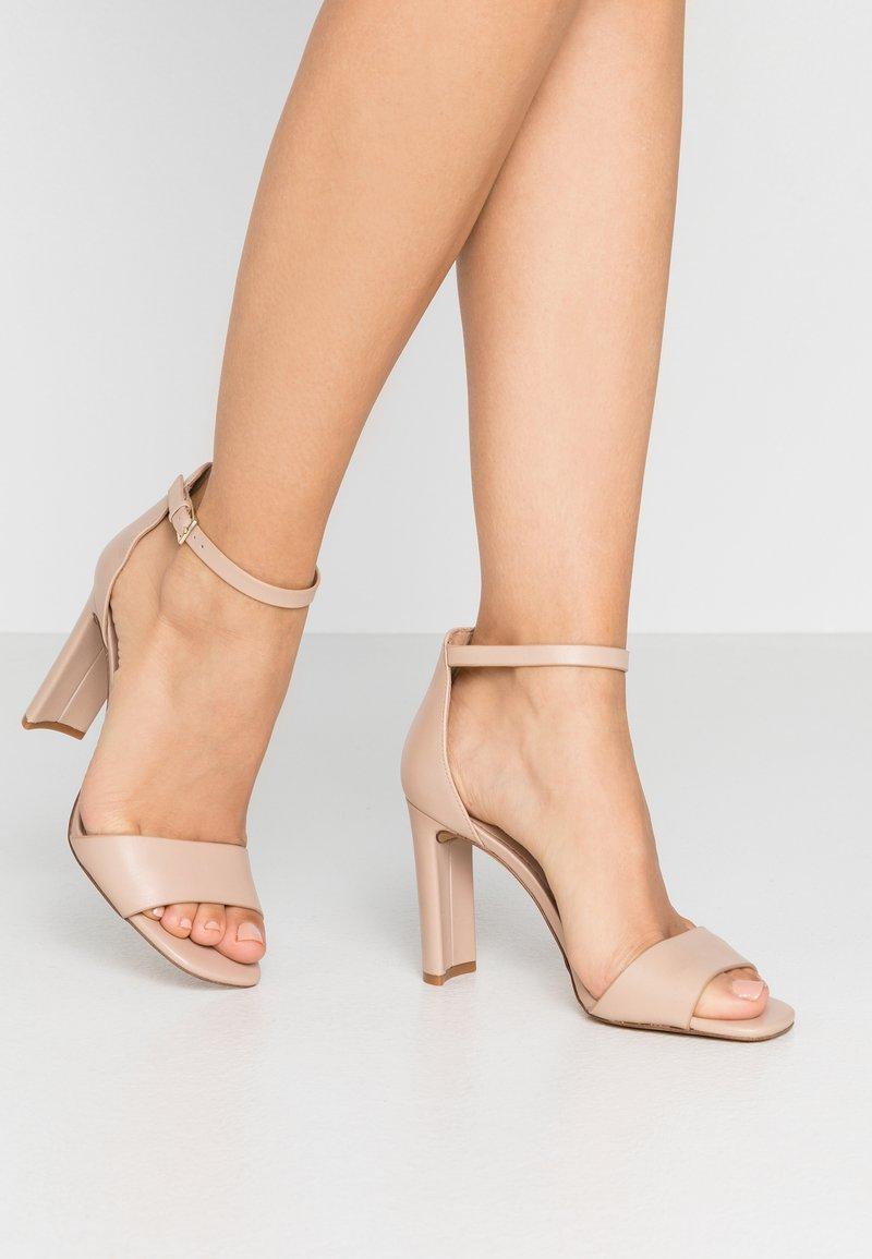 ALDO - JEREMY - Sandaler med høye hæler - bone