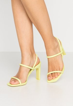 KARLA - High Heel Sandalette - light green