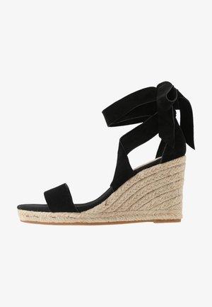 LARETTA - Sandalen met hoge hak - black