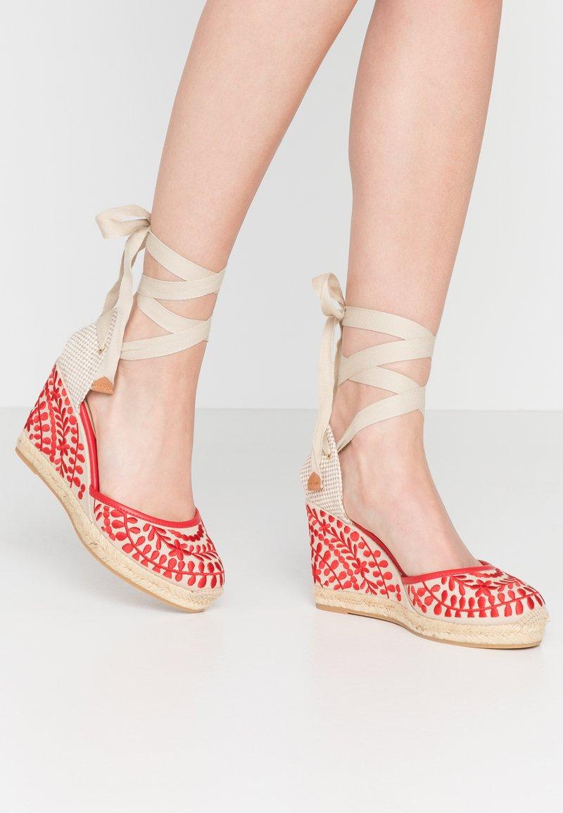ALDO - MUSCHINO - Sandály na vysokém podpatku - red