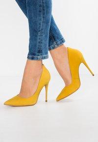ALDO - CASSEDY - Escarpins à talons hauts - light yellow - 0
