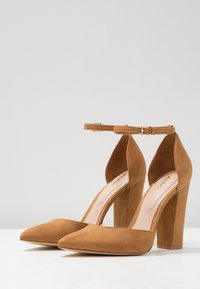 ALDO - NICHOLES - High heels - light brown - 4