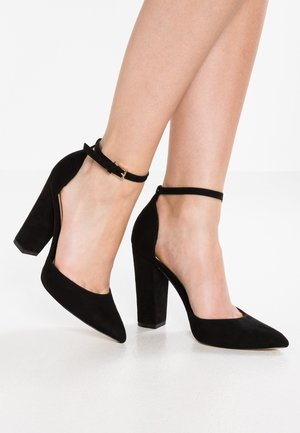 NICHOLES - Zapatos altos - black