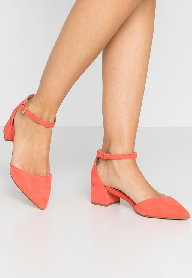 ZULIAN - Pumps - other orange