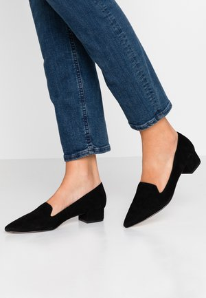 VIGOMA - Loaferit/pistokkaat - black