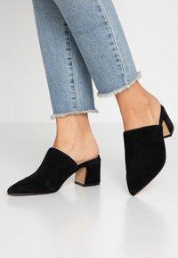 ALDO - OCOASIEN - Pantofle na podpatku - black - 0