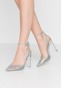 ALDO - ALDO x DISNEY - GLASSSLIPER - Hoge hakken - light blue - 0