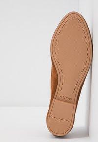 ALDO - JOEYA - Nazouvací boty - camel - 6