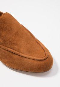 ALDO - JOEYA - Nazouvací boty - camel - 2