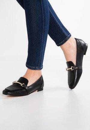 ASTAWIA - Scarpe senza lacci - black