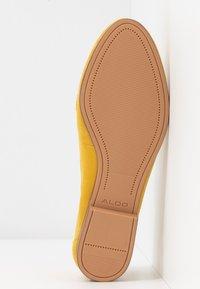 ALDO - GWAULITH - Slip-ons - yellow - 6
