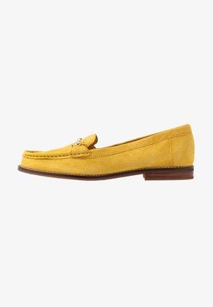 BERGALA - Nazouvací boty - yellow