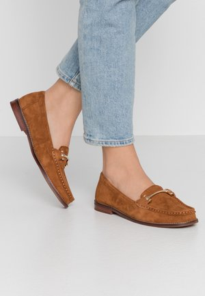 BERGALA - Slip-ons - light brown