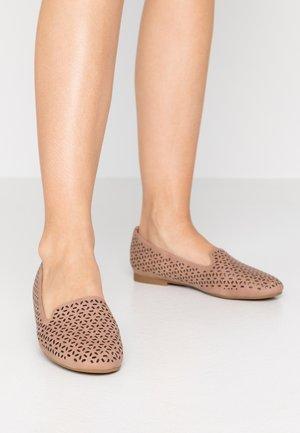 CALUDIA - Slip-ons - light brown
