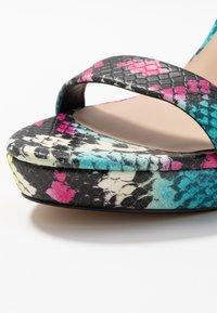 ALDO - MADALENE - Sandalen met hoge hak - silver - 2