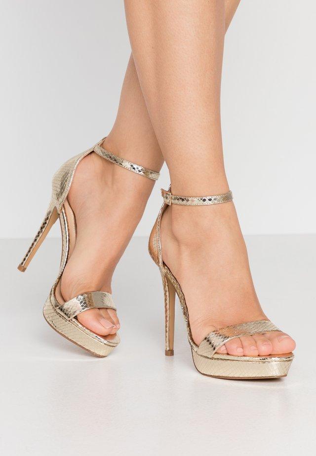 MADALENE - Sandały na obcasie - gold