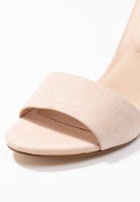 ALDO - FIOLLA - Sandály na vysokém podpatku - creme - 2