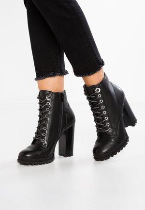 MARILLE - Kotníková obuv na vysokém podpatku - black