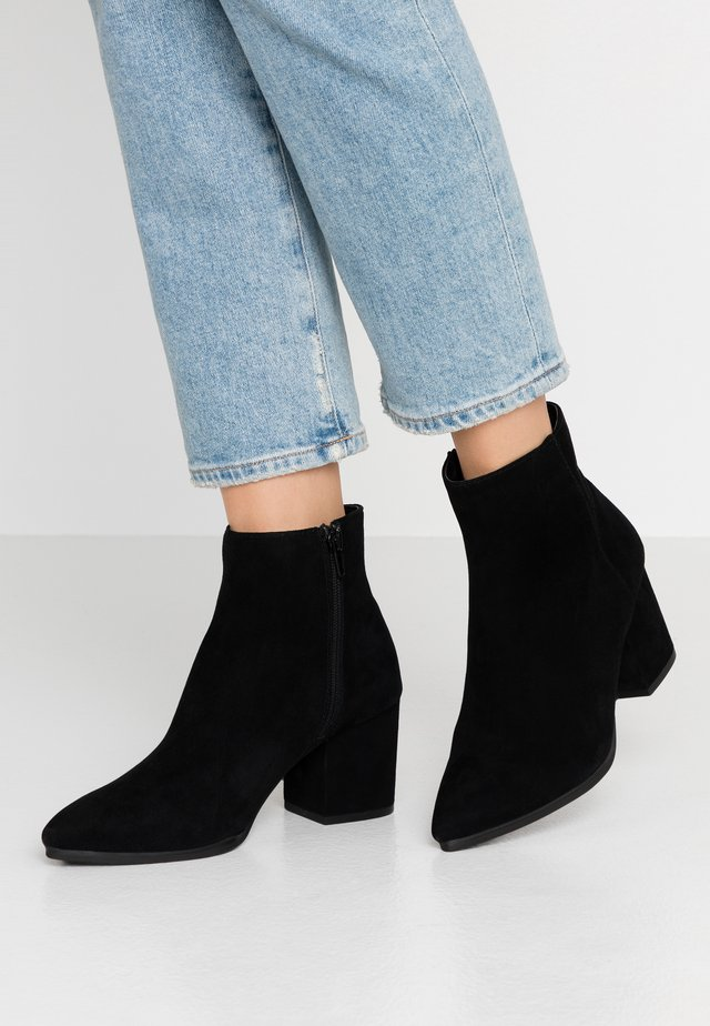 FRALISSI - Ankle boot - black