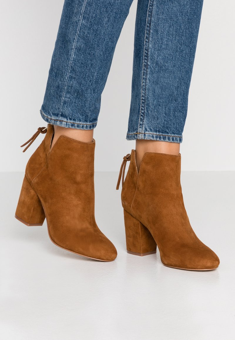 ALDO - DOMINICAA - Ankle boots - camel