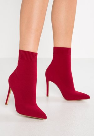 YSISSA - High heeled ankle boots - red
