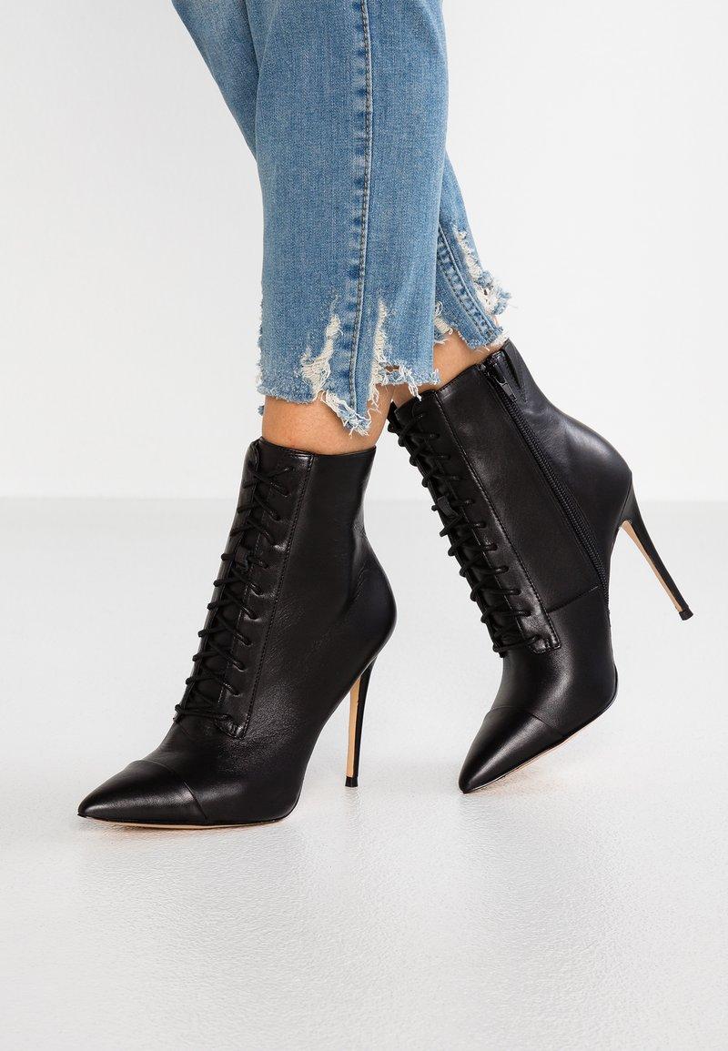ALDO - ALYLYAN - Kotníková obuv na vysokém podpatku - black