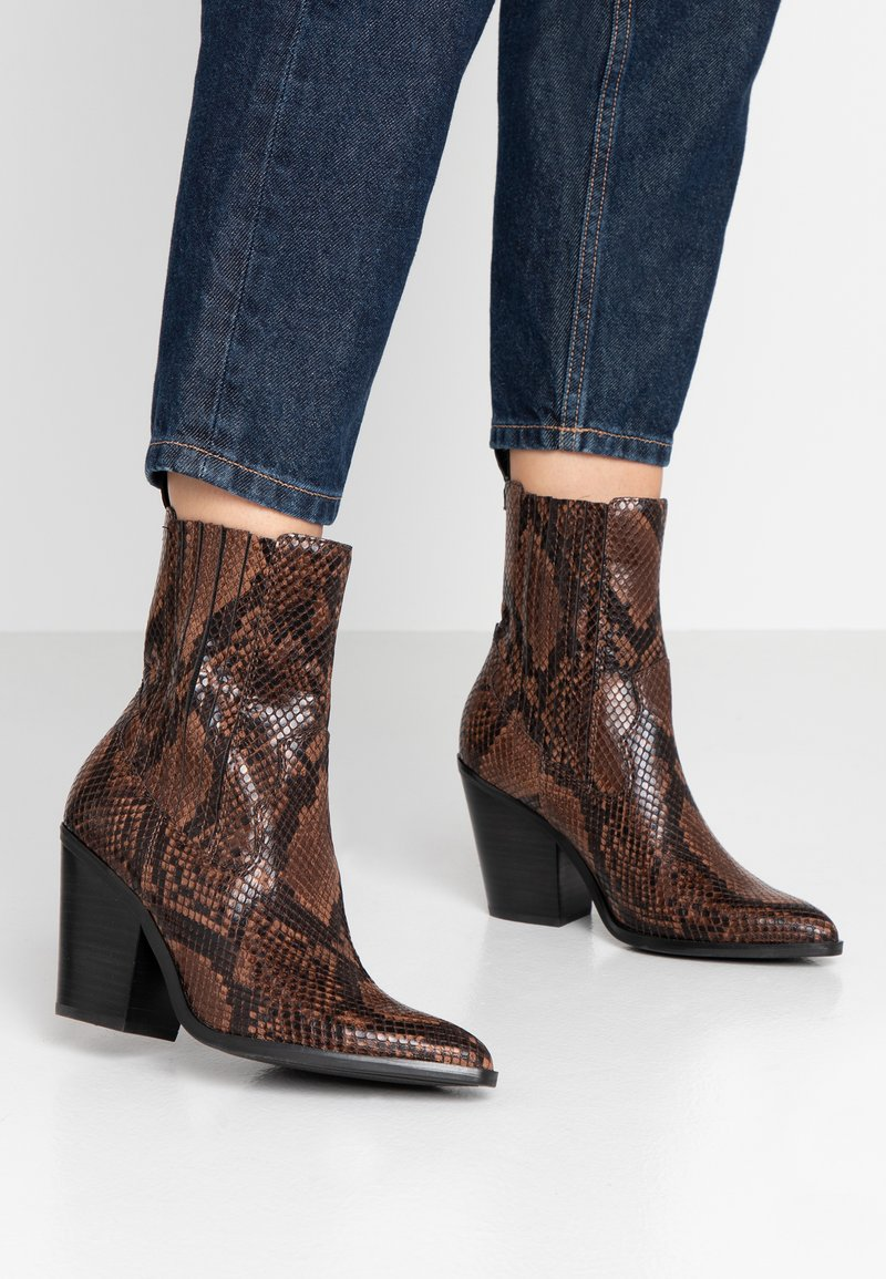 ALDO - DRERISSA - High heeled ankle boots - brown