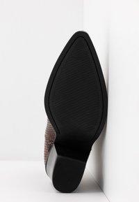 ALDO - DRERISSA - High heeled ankle boots - brown - 6