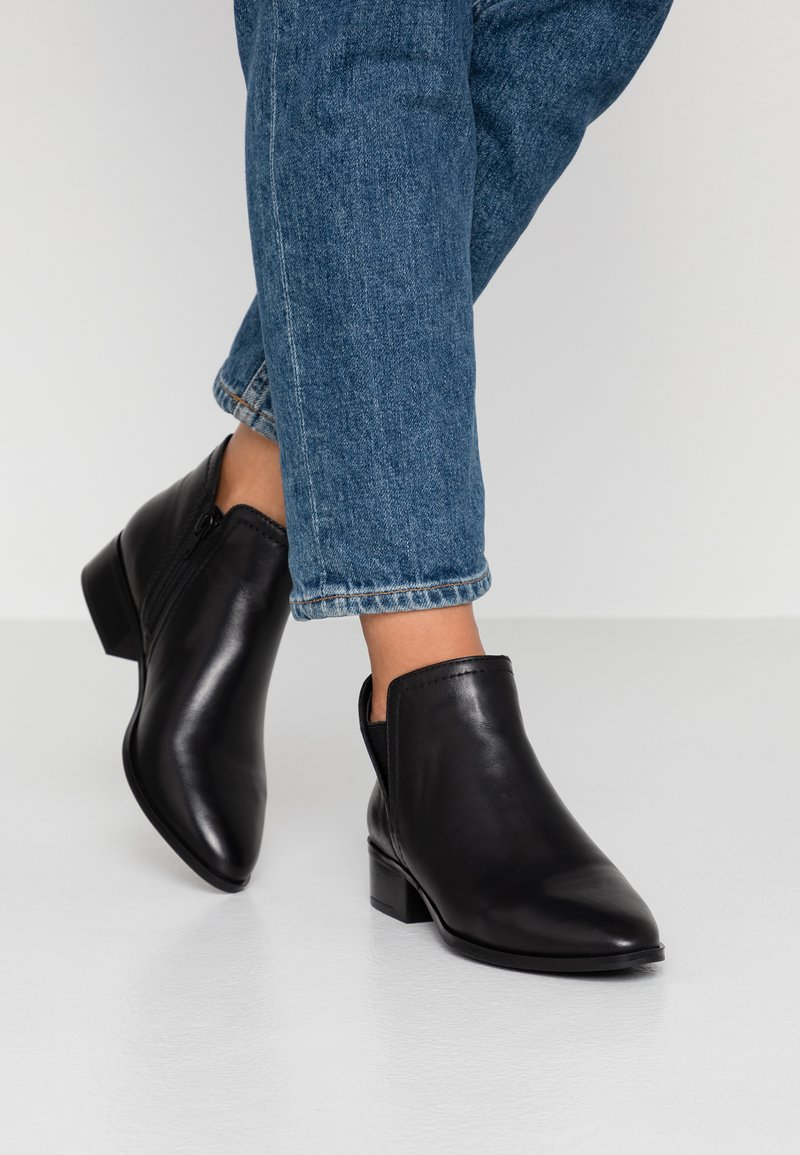 ALDO - KAICIEN - Korte laarzen - black
