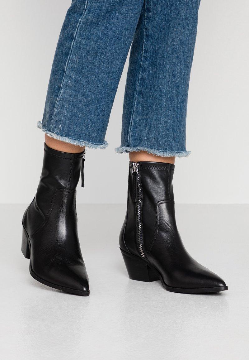 ALDO - BATIS - Cowboy/biker ankle boot - black