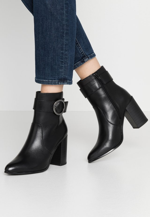 SEVEIRIA - High heeled ankle boots - black
