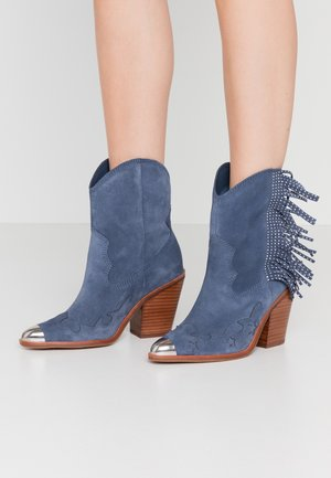 ALDO X TEZZA - High heeled ankle boots - blue