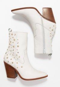 ALDO - ALDO X TEZZA - Cowboy/biker ankle boot - white - 3