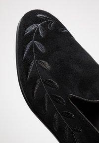 ALDO - CHAOSWEN - Nazouvací boty - black - 5