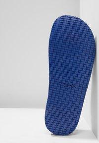 ALDO - THELIDIEN - Sandales de bain - medium blue - 4