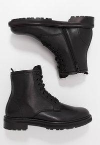 ALDO - ABIMETH - Šněrovací kotníkové boty - black - 1