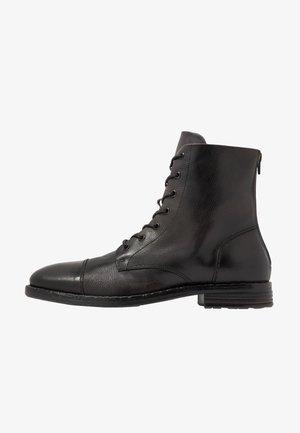 GURNARD - Šněrovací kotníkové boty - black
