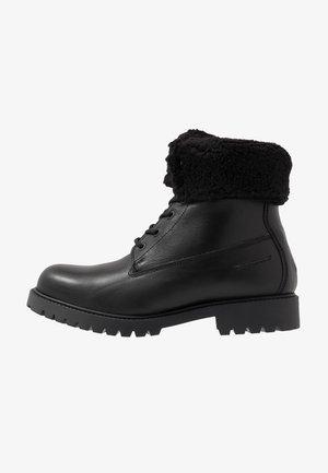 CHAGAN - Šněrovací kotníkové boty - black
