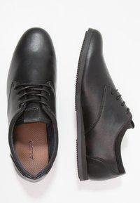 ALDO - AAUWEN - Volnočasové šněrovací boty - black - 1