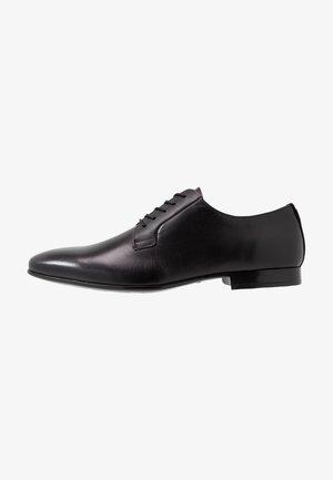 CLINTTUN - Smart lace-ups - black