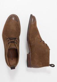 ALDO - GALIAWIEN - Zapatos con cordones - taupe - 1