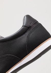 ALDO - TOPPOLE - Chaussures à lacets - black - 5