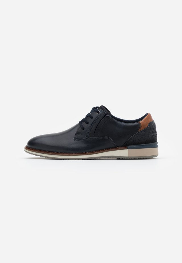 ADALWOLF - Chaussures à lacets - navy